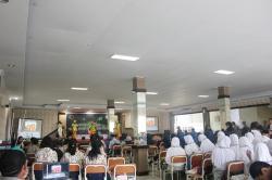 Pelaksanaan Kegiatan Uranium Chemical Fair 4.0 di SMK-SMAK Makassar