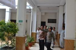 Kunjungan Kepala Pusdiklat Industri ke SMK-SMAK Makassar