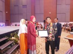 Lulusan SMK SMAK Makassar angkatan 51 menjadi terbaik I UNBK Sulselbar