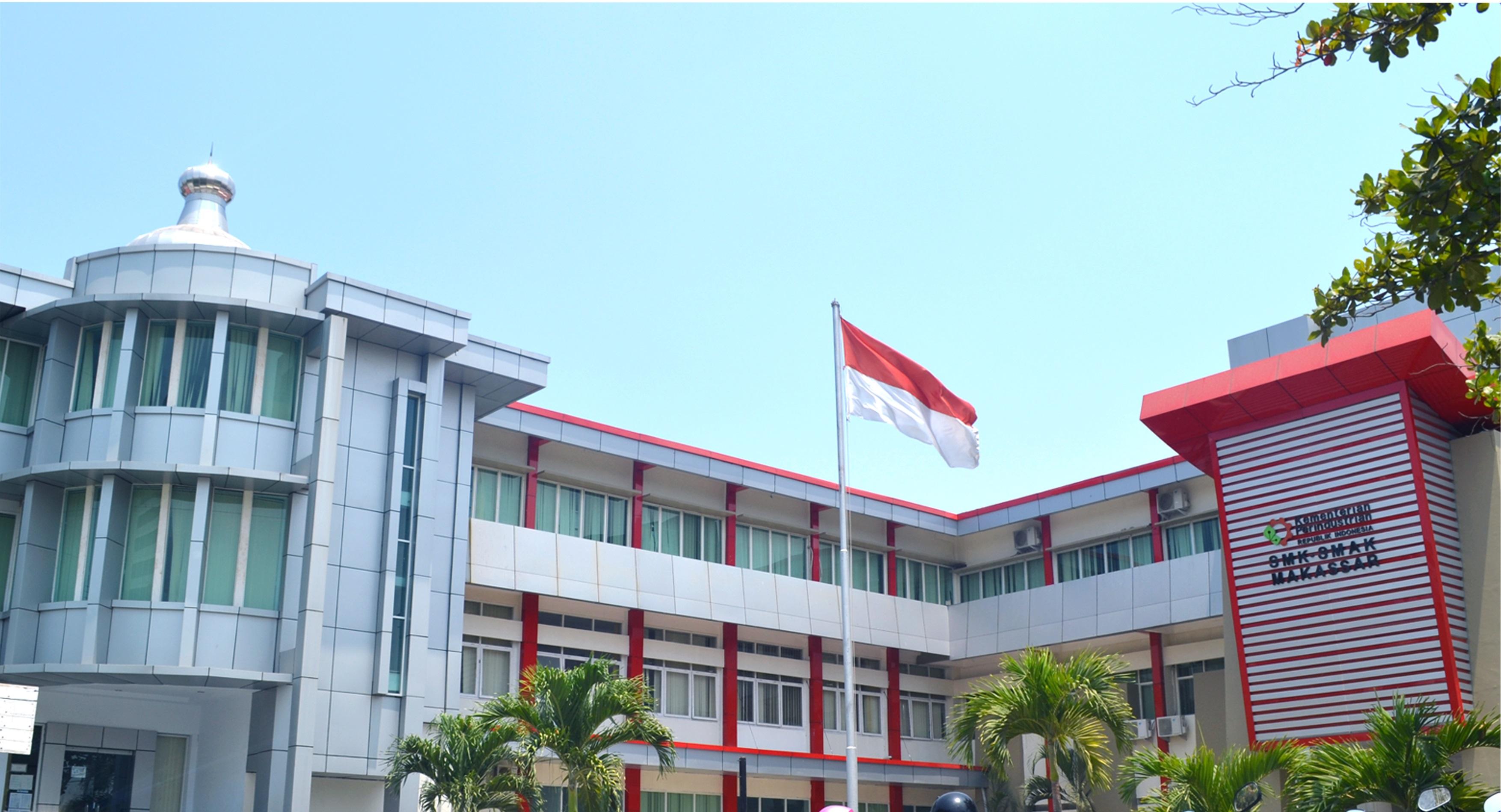 Selamat Datang di SMK-SMAK Makassar