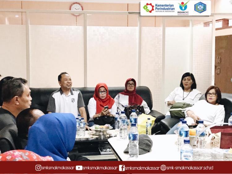 SMK SMAK Makassar} : Silaturahim bersama angkatan 14 SAKMA Makassar di pembukaan UCF 7.0