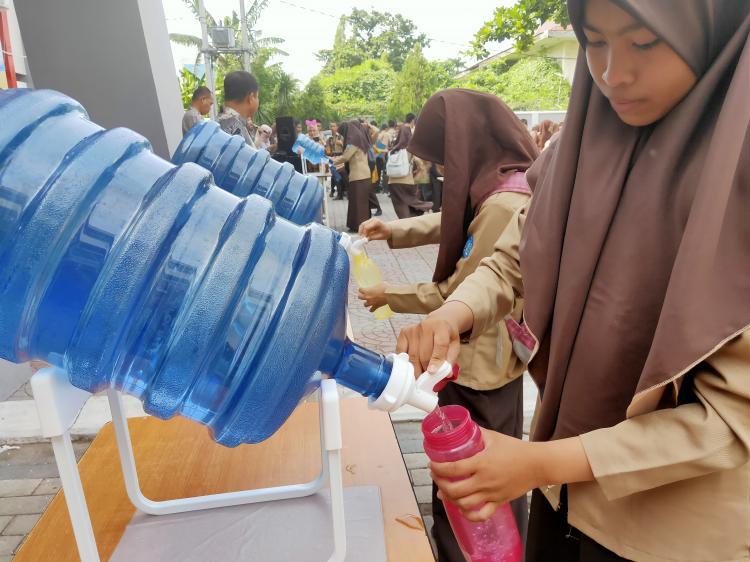 [SMK SMAK MAKASSAR] 13 Desember 2019 : kegiatan recycling day & simulasi