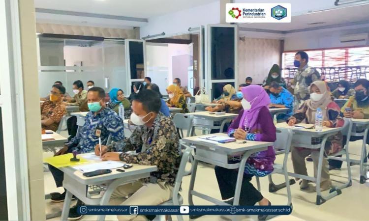 { S M A K - M A K A S S A R} : SMAK Makassar bersiap memasuki tahun ajaran baru 2021/2022