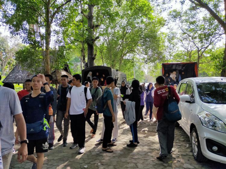 {SMK SMAK Makassar} 14 s.d 15 Desember 2019 : Pelatihan soft skill melalui nilai kearifan lokal