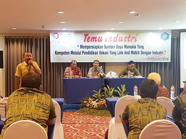 Rangkaian Kegiatan Temu Industri dan Kunjungan Industri SMK-SMAK Makassar Tahun 2017