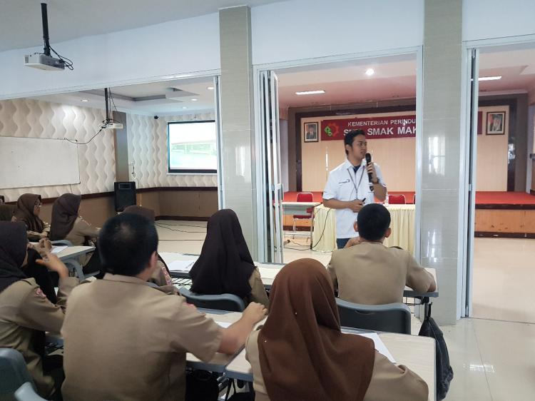 kuliah industri kelas program dual system