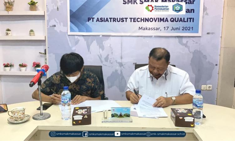 { S M A K - M A K A S S A R} : Penandatanganan MoU dengan PT. Asiatrust Technovima Quality